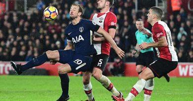 Tottenham sai lầm đáng tiếc