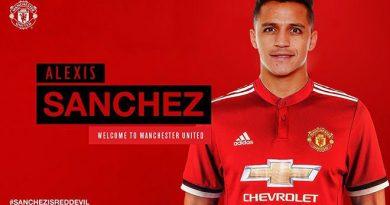 Sanchez được chế trong màu áo ĐT MU