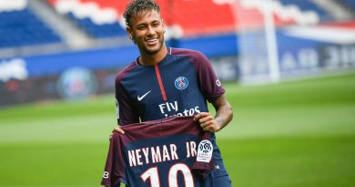 """Người Barca tố Neymar dùng """"trò mèo"""" để biến mất khỏi Nou Camp"""