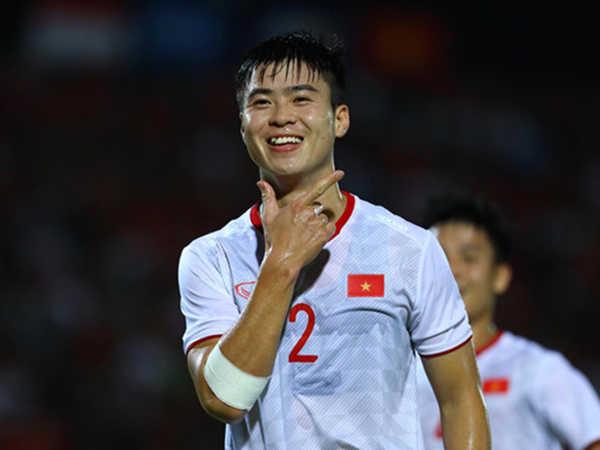 Download hình nền Đỗ Duy Mạnh - hotboy sân cỏ của Hà Nội FC