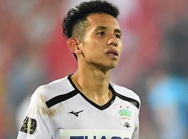 Săn lùng khoảnh khắc Nguyễn Phong Hồng Duy tỏa sáng trên sân