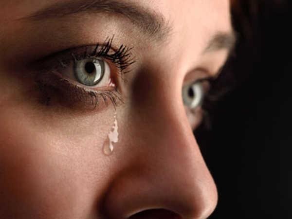 Giải mã giấc mơ thấy nước mắt và đi tìm con số may mắn