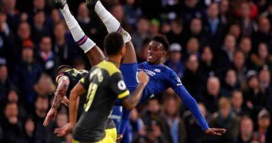 Người hâm mộ Chelsea thất vọng với một cái tên sau trận thua
