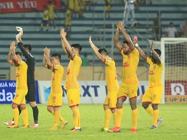 Bóng đá Việt Nam sáng 28/10: DNH Nam Định có lợi thế ở trận gặp SLNA