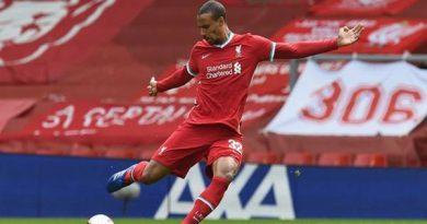 Tin bóng đá Anh 20-10: Liverpool mất thêm trung vệ