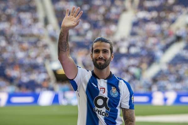 Sergio Oliveira - Tiểu sử cầu thủ bóng đá Sergio Oliveira