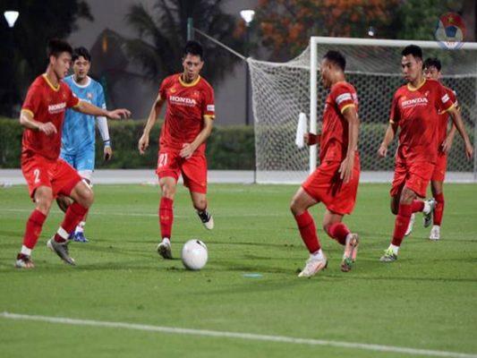 Bóng đá VN 15/6: Danh sách 23 cầu thủ đội tuyển Việt Nam đấu UAE
